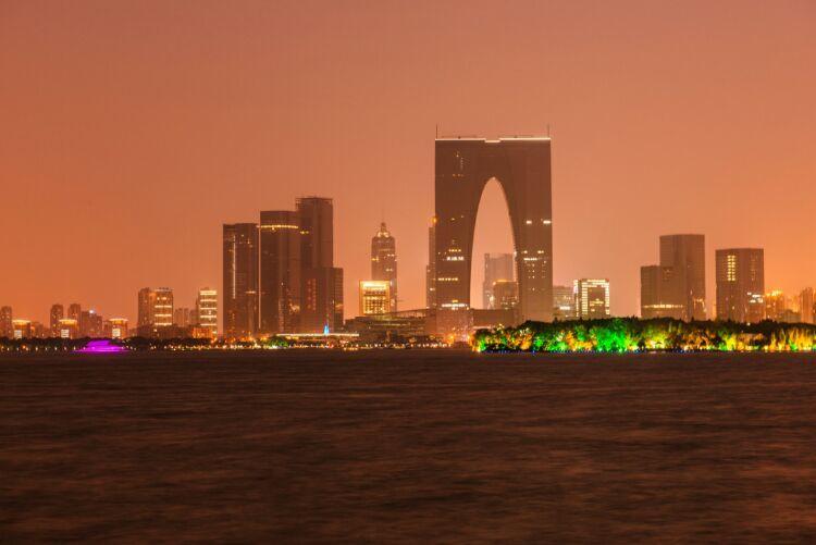 """响应""""姑苏八点半""""品牌,金鸡湖畔灯光秀点燃夜经济!"""